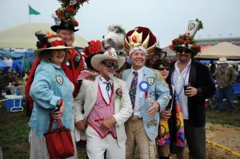 A group in the infield having a great time. Courtesy of kentuckyderby.com